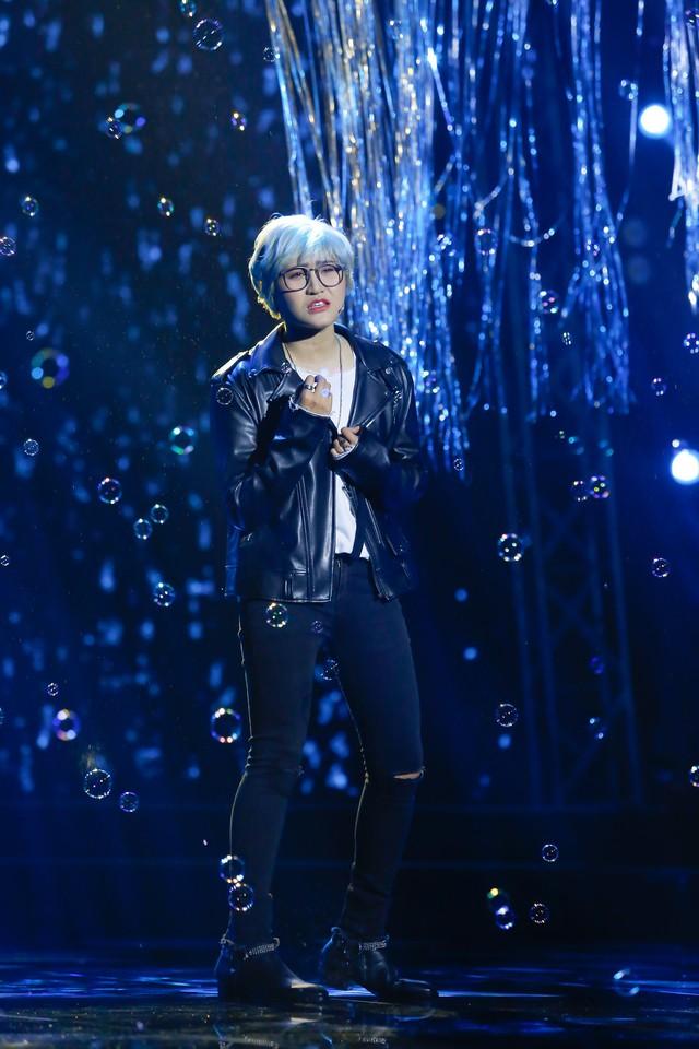 Vicky Nhung cũng tham gia đêm diễn.