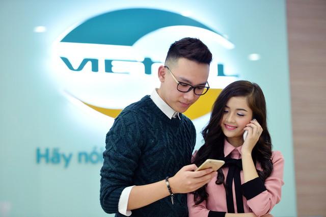 Ngày 10/8, nhà mạng Viettel cho biết sẽ giảm tới 45% cước gọi đi, nhận cuộc gọi và gửi tin nhắn, ưu đãi gọi 2 phút tính tiền 1 phút cho 2 phút gọi đầu tiên khi roaming vào Indonesia trong thời gian khuyến mại.