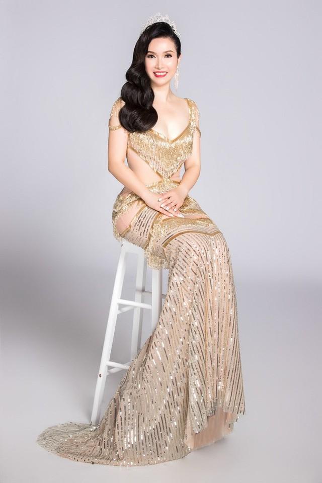 Sau nhiều năm, Hoa hậu Việt Nam đầu tiên vẫn rất trẻ trung