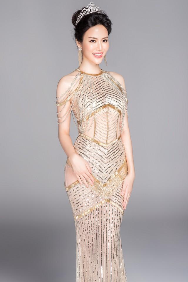 Hoa hậu Thu Thủy có nhiều truân chuyên trong cuộc sống hôn nhân