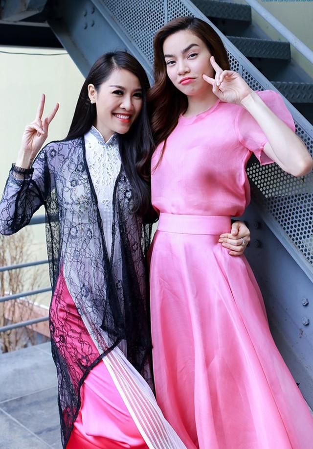 Diễn viên Quế Vân và ca sĩ Hồ Ngọc Hà khi còn thân thiết (ảnh nhân vật cung cấp).