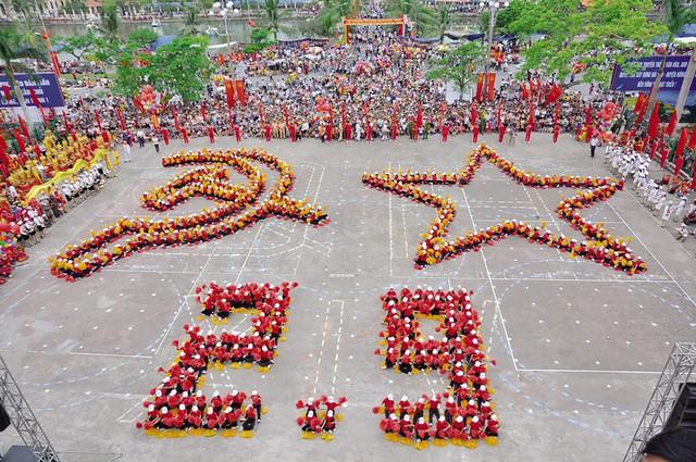 Nhiều địa phương trên cả nước tổ chức các hoạt động nghệ thuật chào mừng  Cách