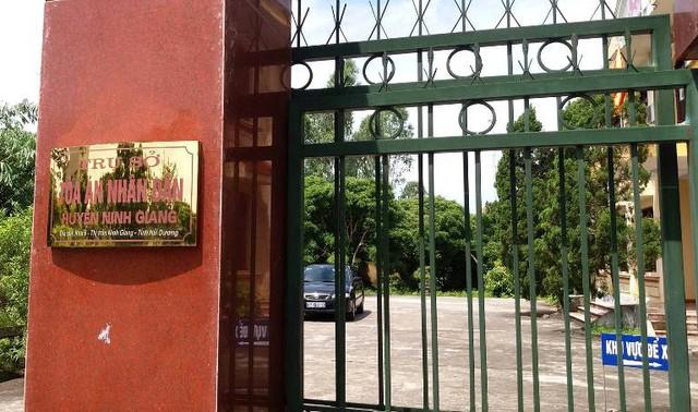 Trụ sở TAND huyện Ninh Giang, nơi đưa ra Quyết định ly hôn giữa chị H. và anh T. Ảnh: Đ.Tùy