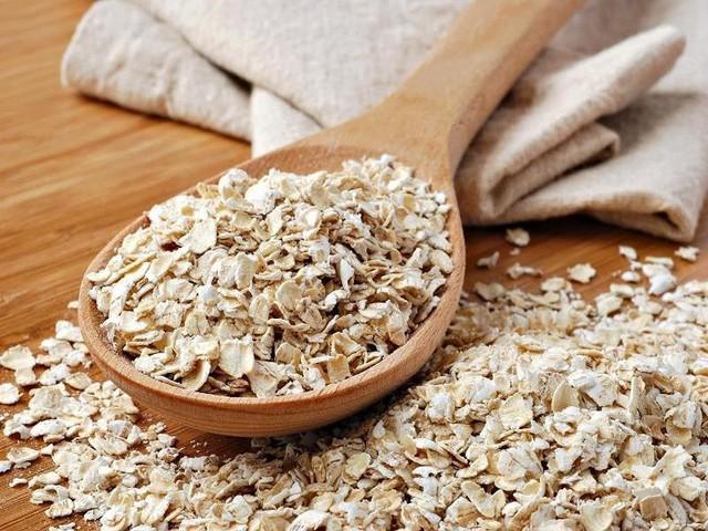 Yến mạch giúp làm giảm lượng cholesterol xấu. Ảnh: Internet