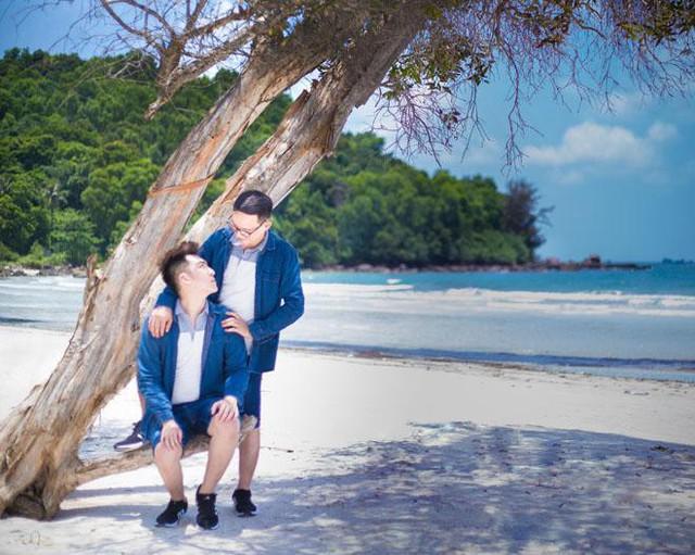 Mạc Hải Ninh đang sống hạnh phúc bên nửa kia của mình