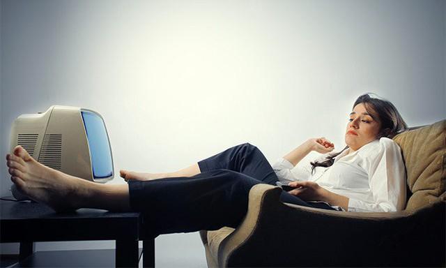Lười ở đây còn là vấn đề con người ít vận động thể chất - 1 trong những tác nhân dẫn đến nhiều bệnh tật.
