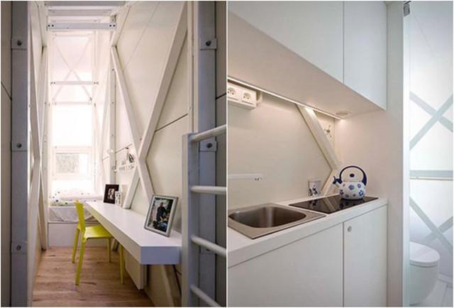 Điều khiến cho căn nhà trông luôn ngập ánh sáng là việc sử dụng vật liệu lấy ánh sáng polycarbonate ở trên trần.