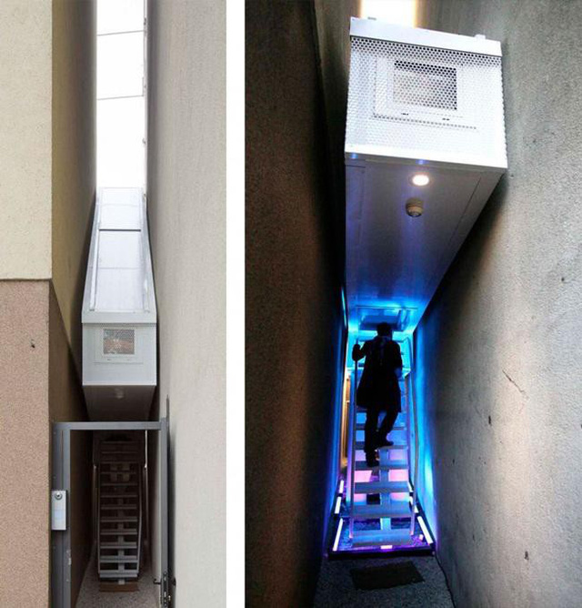 Vào ban đêm, cầu thang được chiếu đèn tạo nên sự lung linh và dẫn khách lên nhà dễ dàng hơn.