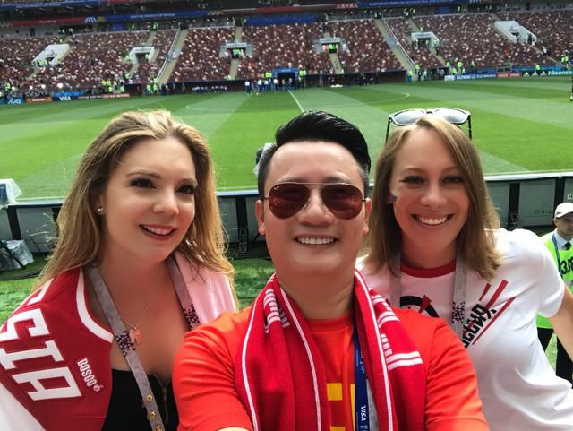 Không chỉ có mặt các giải đấu quan trọng của tuyển Việt Nam, Hoàng Bách còn sẵn sàng huỷ show để sang Nga cổ vũ World Cup 2018.