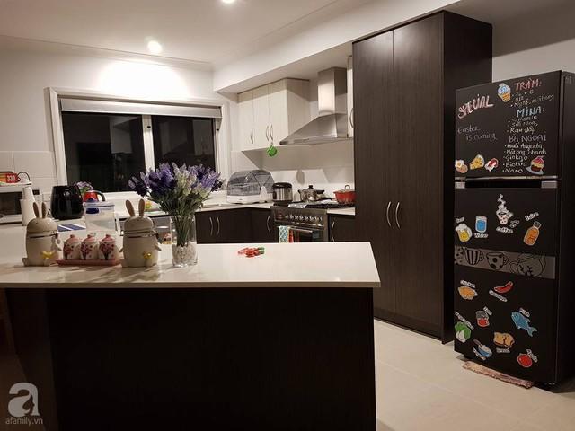 Căn bếp đã hoàn thiện với vẻ đẹp tiện nghi, hiện đại.