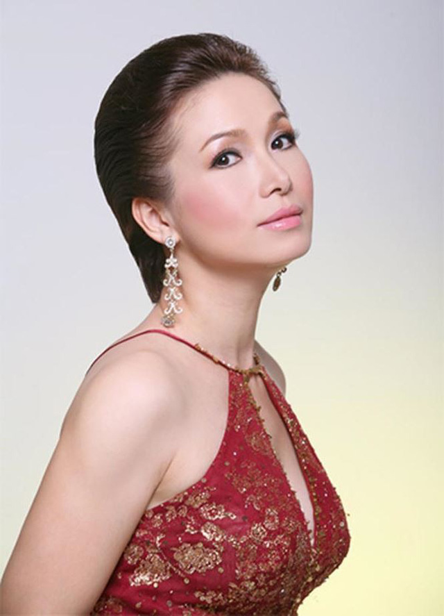 Vẻ trẻ trung không tuổi của Hoa hậu Việt Nam 1988.