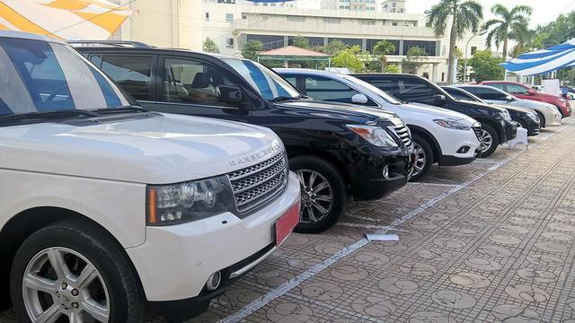 Khan hiếm xe mới, nhiều người lựa chọn mua xe cũ để tránh tháng Ngâu