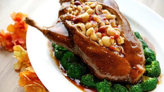 Thịt vịt tốt cho người thiếu máu.