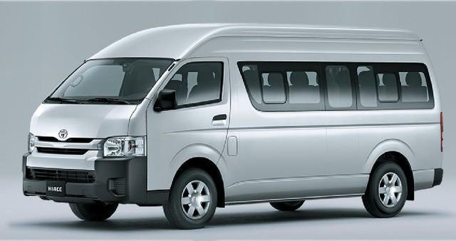 Toyota Hiace nhập khẩu Thái Lan được giảm 132 triệu đồng.