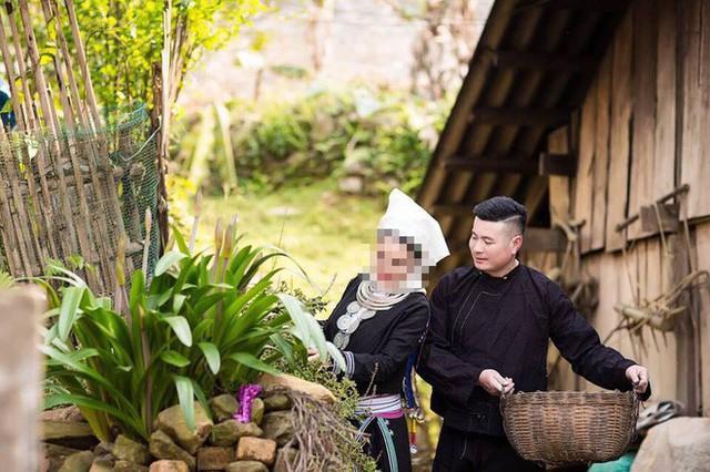 Ảnh cưới lần 2 của con trai bà Hạnh hồi tháng 4/2018.