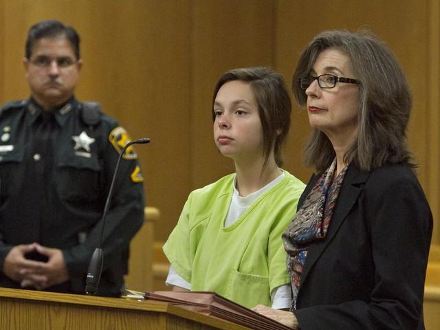 Vì lo sợ bố mẹ trách mắng, Cassidy đã giết chết đứa con ngay sau khi em sinh ra.