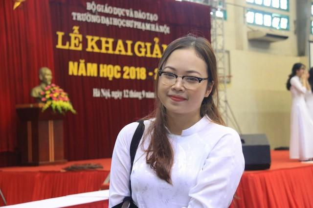 Trần Phương Thảo (quê Hòa Bình) không chỉ trở thành thủ khoa ngành Sư phạm Ngữ văn mà còn là sinh viên có điểm đầu vào cao nhất Trường ĐH Sư phạm Hà Nội năm 2018. Ảnh: Thanh Hùng.