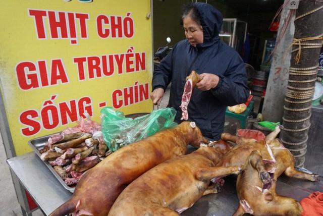 Thịt chó được nhiều người coi là món khoái khẩu. Ảnh minh họa.