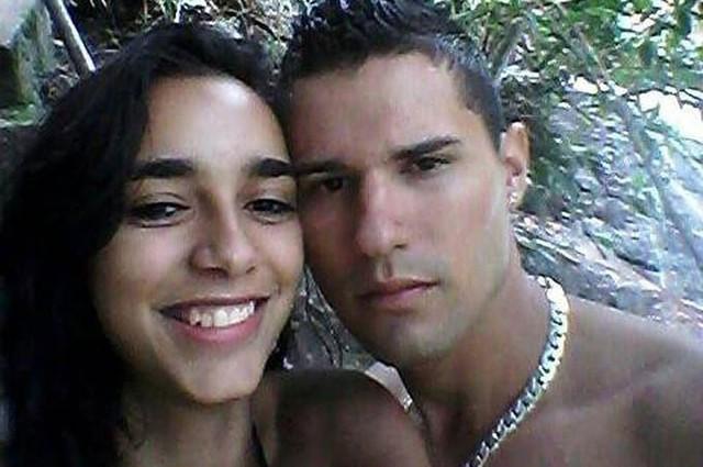 Maycon Salustiano Silva và người vợ 20 tuổi Jennifer. Ảnh: FocusOn News.