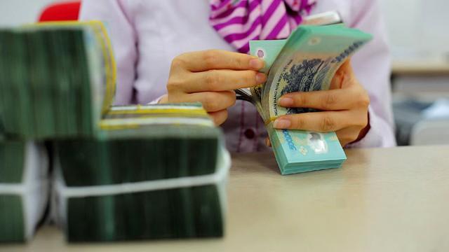 Giữ ổn định mặt bằng lãi suất cho vay sẽ là một nỗ lực rất lớn của các tổ chức tín dụng (ảnh minh họa - Ngọc Thắng)