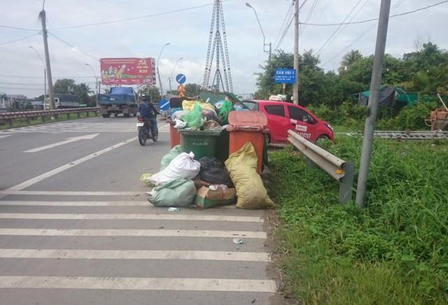 Nơi 3 công nhân gom rác bị ngộ độc. Ảnh: Ái Loan.