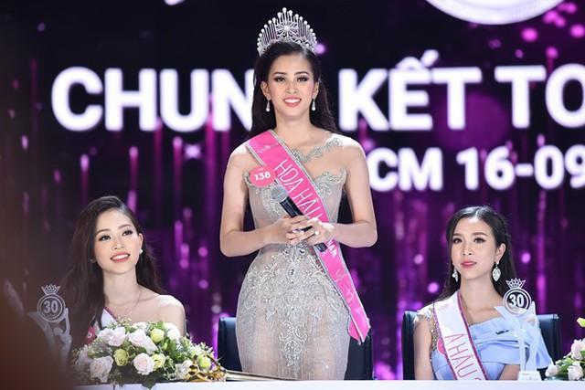 Hoa hậu Việt nam 2018 trong cuộc gặp gỡ báo chí sau chung kết