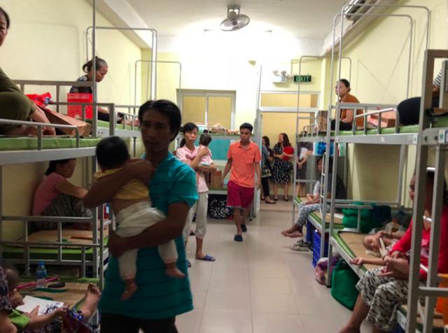 Đã có hơn 30 gia đình bệnh nhân BV Nhi T.Ư bị ảnh hưởng bởi vụ cháy, được đưa vào nhà lưu trú bệnh viện