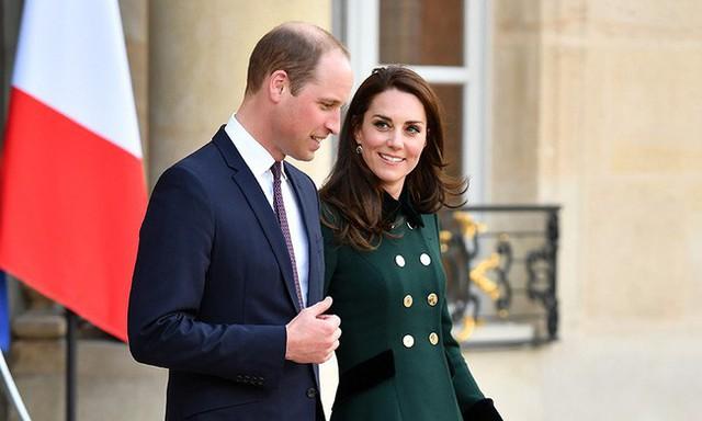 Người dân nước Anh muốn cặp đôi William - Kate trở thành vua và hoàng hậu tương lai của họ.