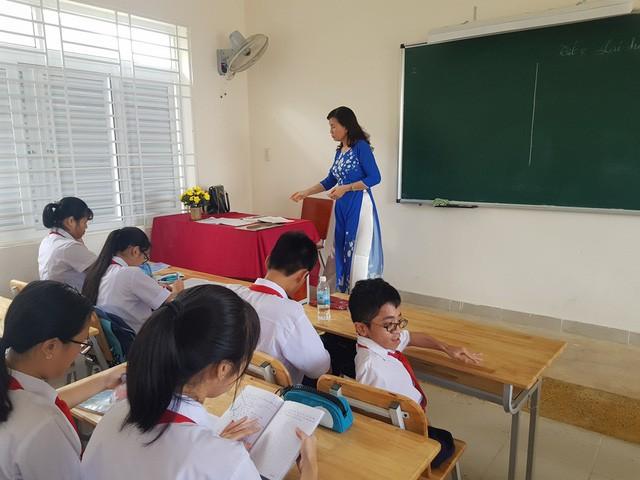 Thiện được thầy cô và bạn bè đánh giá hòa đồng, lạc quan khi đến trường
