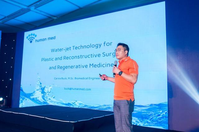 Chuyên gia Dr. Cheung Wing Yung chia sẻ tại hội thảo làm đẹp lớn nhất tại Tp.Hồ Chí Minh