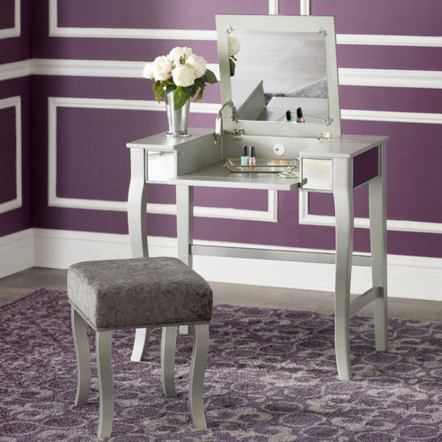 Thiếu gương, căn phòng sẽ bớt đi phần nào vẻ đẹp duyên dáng và mềm mại.