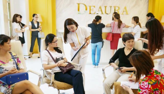 Deaura nỗ lực hoàn thiện, đồng hành cùng phụ nữ Việt trên hành trình tìm lại vẻ đẹp tự nhiên