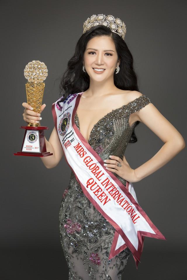 Hoa hậu Đinh Hiền Anh