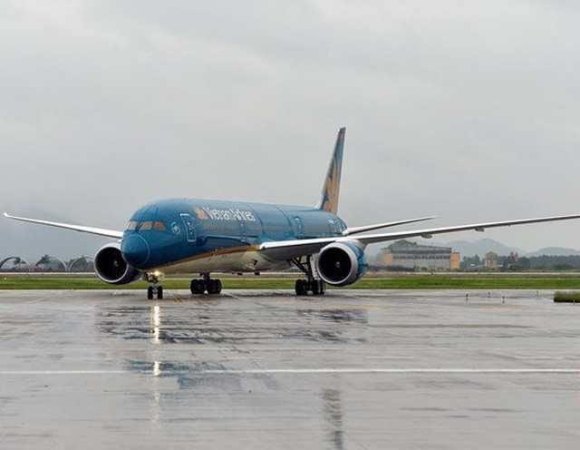 Hãng hàng không Vietnam Airlines và Jetstar Pacific điều chuyển nhiều chuyến bay do bão số 9.