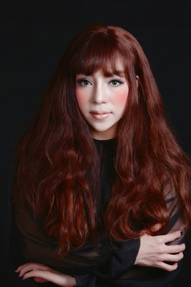 Minh Chuyên Sao Mai điểm hẹn là gương mặt mới trong chương trình của Phú Quang