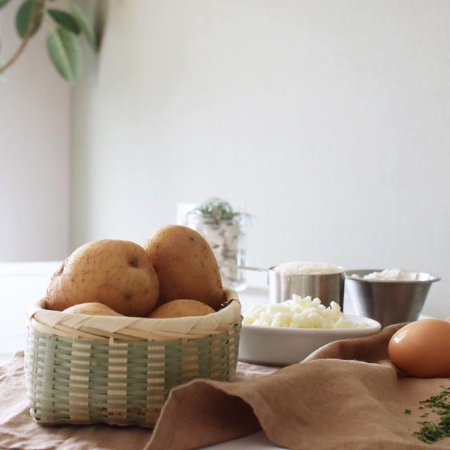 Làm bánh khoai tây phô mai đơn giản mà ngon lạ