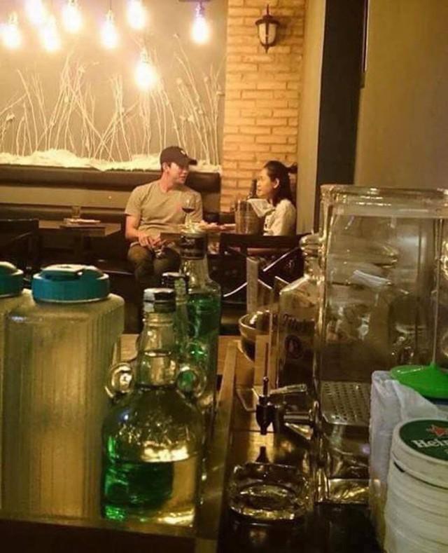 Chi Pu bị bắt gặp hẹn hò cùng 'bạn trai tin đồn' người Hàn Quốc Jin Ju Hyung