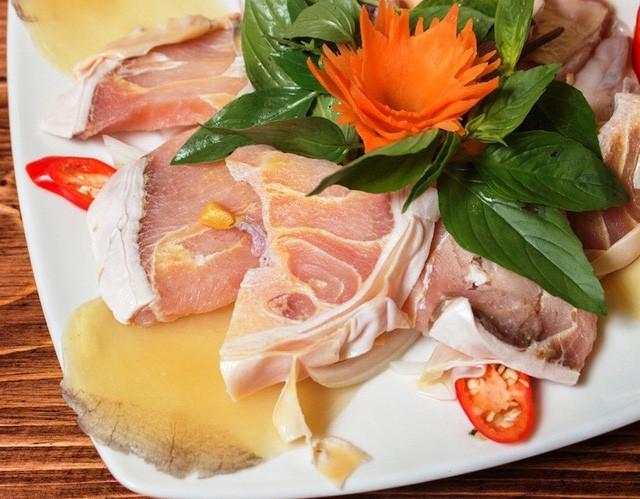 Cá hô là một trong những món ăn Việt đắt tiền bậc nhất tại các nhà hàng