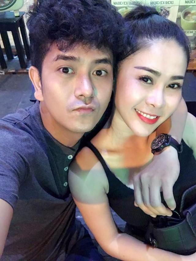 Hùng Thuận công khai bạn gái sau 3 năm ly hôn. Ảnh: FBNV.