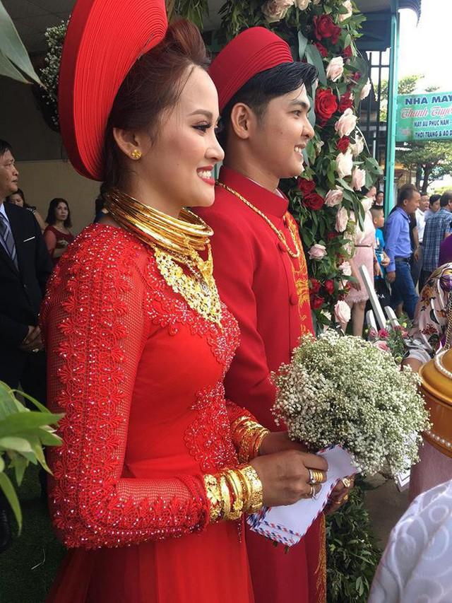 10 đám cưới Việt trong năm 2017 không phải của sao showbiz nhưng cực kỳ xa hoa khiến MXH nô nức chỉ dám nhìn không dám ước - Ảnh 44.