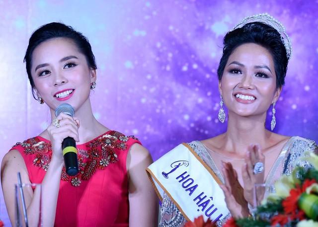 Thiên Lý trở thành Giám đốc Quốc gia của Hoa hậu Hoàn vũ Việt Nam từ năm 19 tuổi, đến nay đã là 10 năm. Ảnh: Việt Hùng.