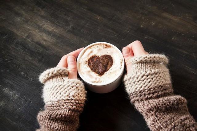 Trà, cà phê không phải là ý tưởng tốt cho sức khỏe trong những ngày mùa đông.