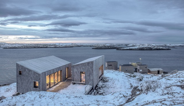 Khu nghỉ dưỡng Fleinvær Refugium là thiết kế của hai hãng kiến trúc TYIN Tegnestue và Rintala Eggertsson Architects, ra mắt vào năm 2017.