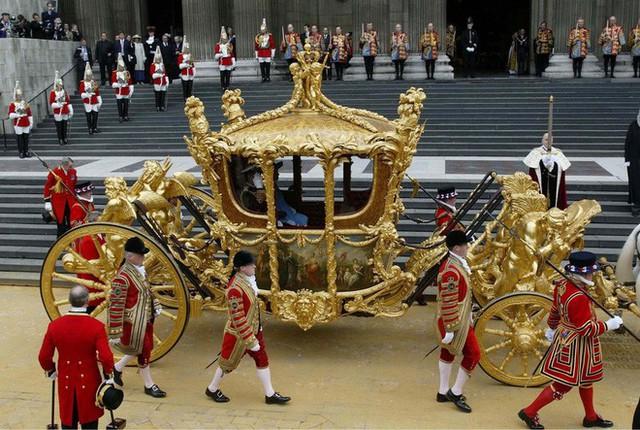 Cỗ xe riêng của Nữ hoàng Anh vốn chỉ được dùng trong lễ đăng quang hay sự kiện vô cùng trọng đại.