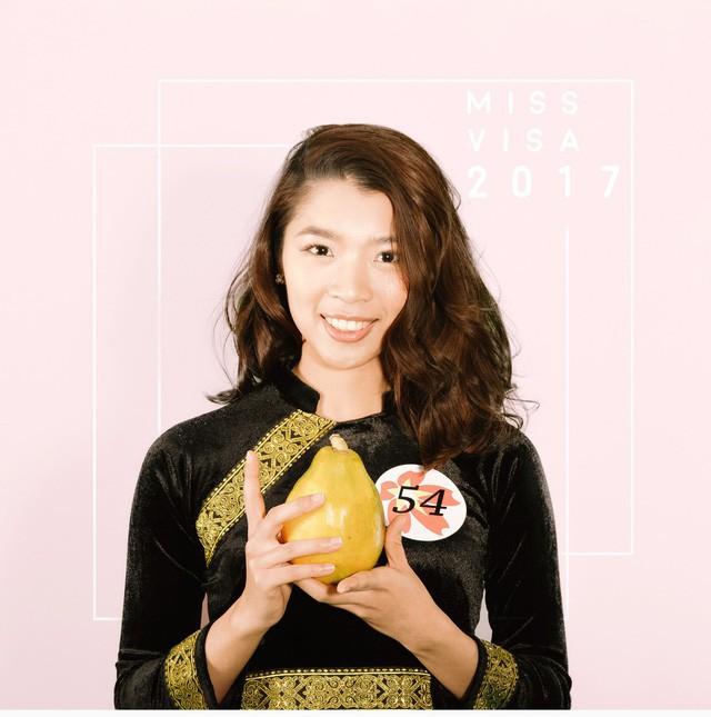 Phùng Minh Thu sinh năm 1993, du học sinh tại Đại học Miyagi.