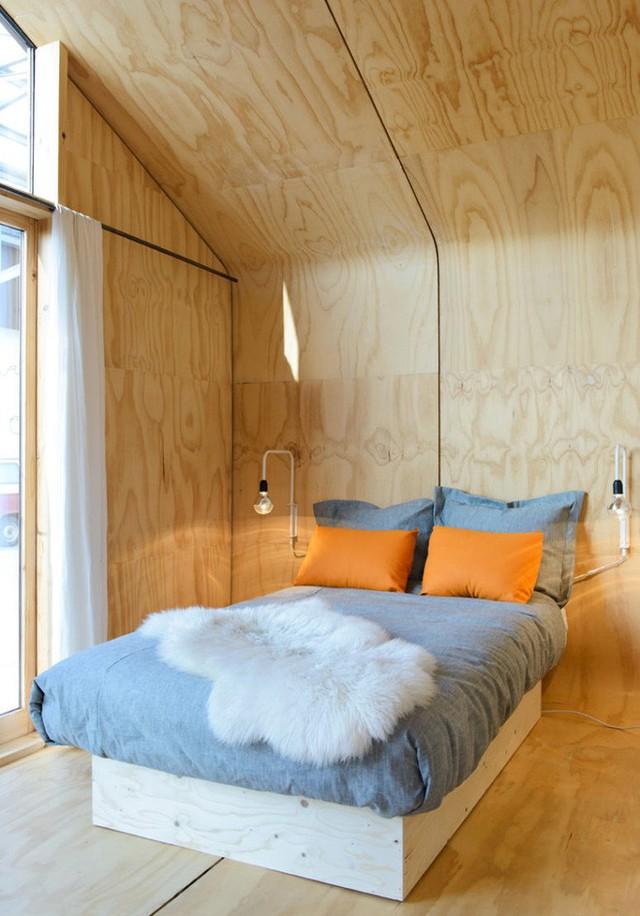 Phòng ngủ ấm cúng và đẹp tinh tế nhờ cách thiết kế đơn giản.