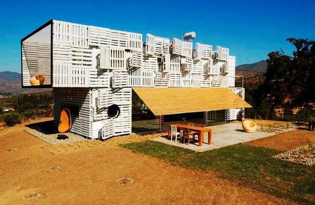 Chỉ mất chưa đầy 90 ngày để hoàn thành Manifesto House và mỗi căn nhà như vậy có chi phí xây dựng lên tới 120 ngàn USD.