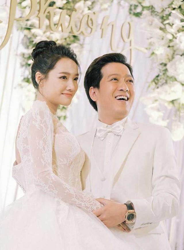 Trường Giang - Nhã Phương hạnh phúc trong ngày cưới.