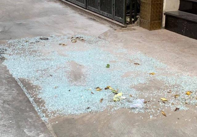 Đ khai việc bắn bể cửa kính của nhà dân và khách sạn chỉ nhằm thử uy lực của súng cao su bắn đạn bi