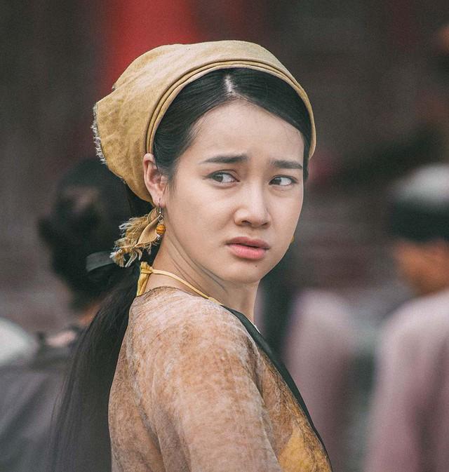 Nhã Phương trong phim Trạng Quỳnh.